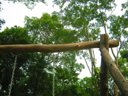 Качель своими руками из дерева