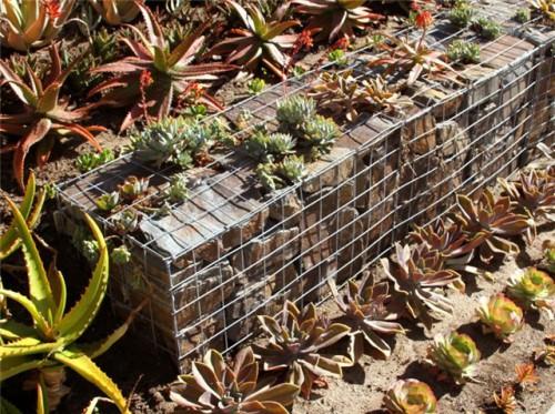 Камни в сетках - габионы (14)