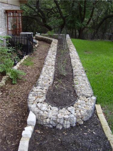 Камни в сетках - габионы (9)