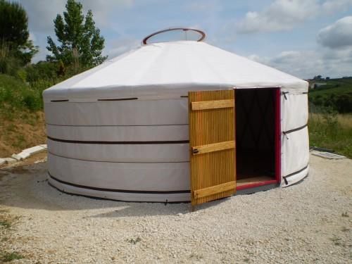 Палатка домик - необычный тент (14)