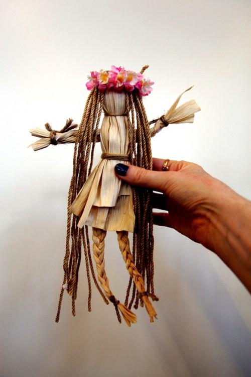 Сделать куклу своими руками - кукла из соломы  (12)