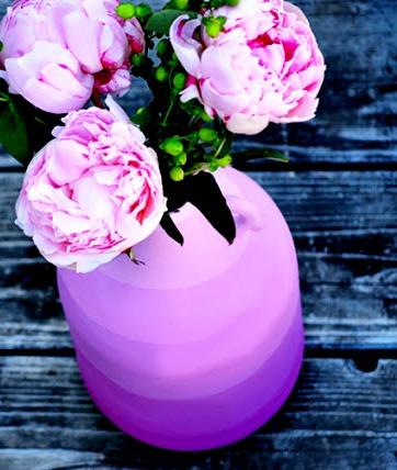 Декор дома своими руками - ваза из бутылки своими руками (4)