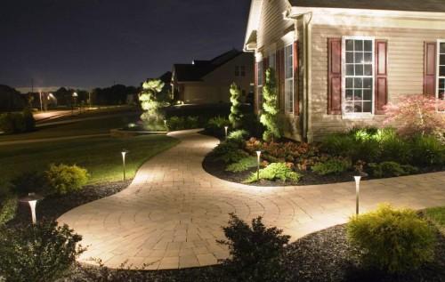 Как сделать освещение - в саду - фото (6)