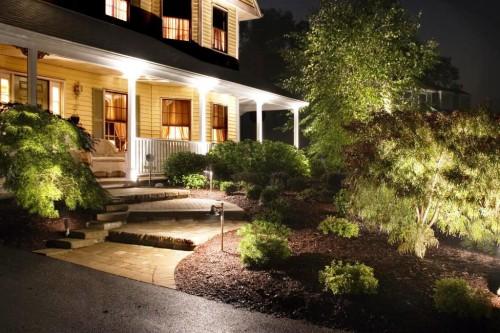 Как сделать освещение - в саду - фото (10)