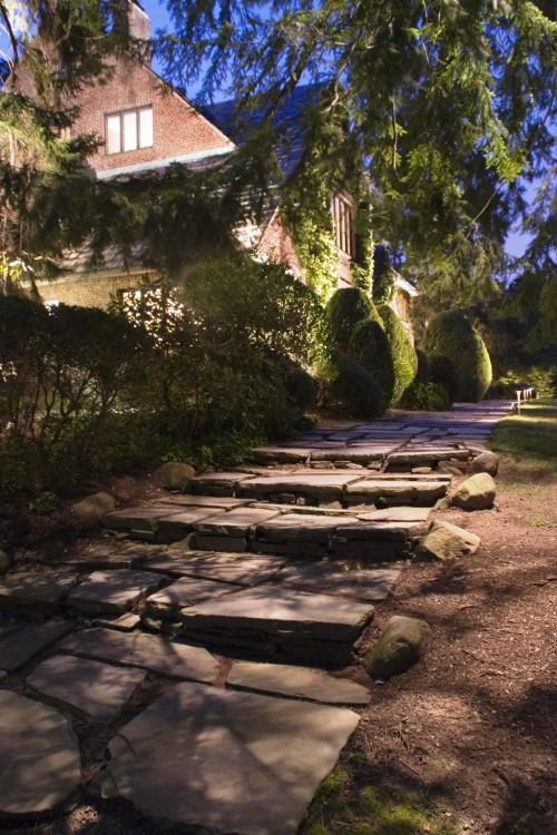 Как сделать освещение - в саду - фото (13)