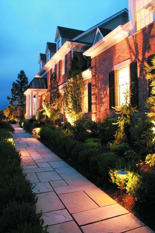 Как сделать освещение - в саду - фото (23)
