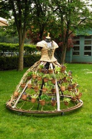 Одежда из растений для декора участка (1)