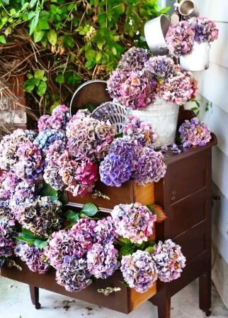 Из чего можно сделать цветочный горшок (11)