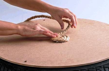 Как сделать пуфик своими руками (6)