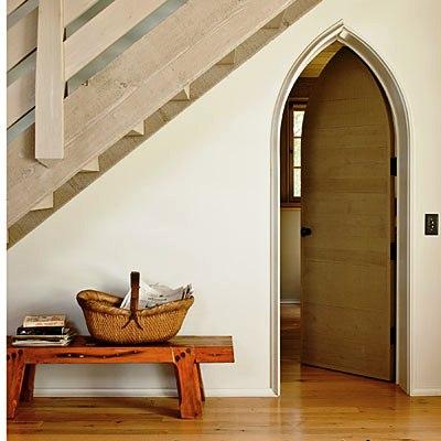 загородный дом двери лестницы