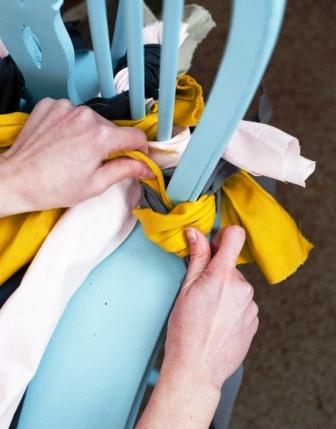 Как связать коврик на стул (14)
