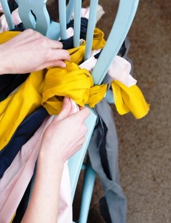 Как связать коврик на стул (13)