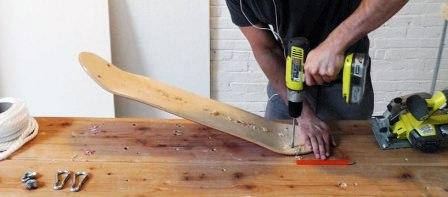 Как сделать садовые качели3