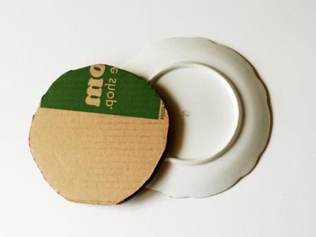 Как повесить тарелки на стену: крепление, держатель без гводей 35