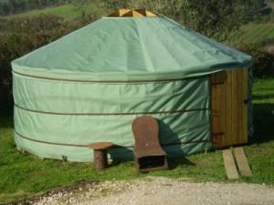 Палатка домик - необычный тент (1)