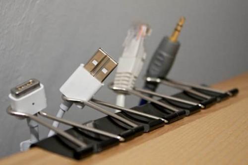 Как сделать, чтобы провода от компьютера не путались