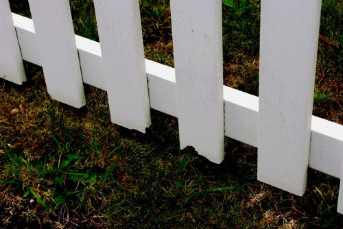 Как сделать забор - поделки для дачи (8)