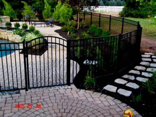 Как сделать забор - поделки для дачи (11)