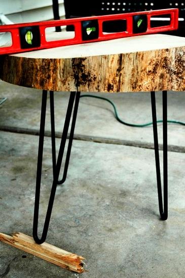 Как сделать журнальный стол - дачный стол своими руками (8)