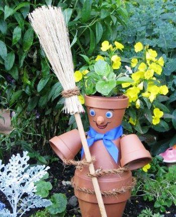 Поделки из цветочных горшков - как использовать ненужные вещи (21)