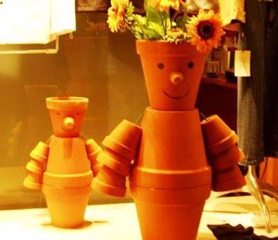 Поделки из цветочных горшков - как использовать ненужные вещи (16)