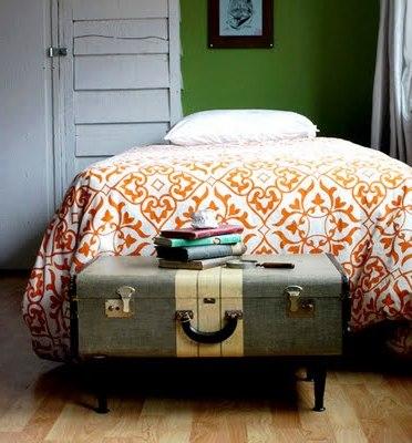 Столик из чемодана (1)