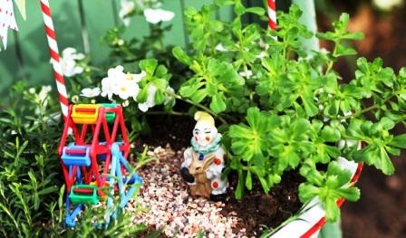 Как украсить свой двор (1)