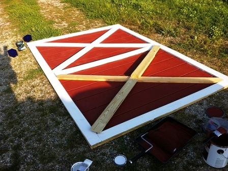 Как сделать дверь в сарай (9)