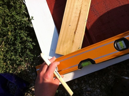 Как сделать дверь в сарай (10)