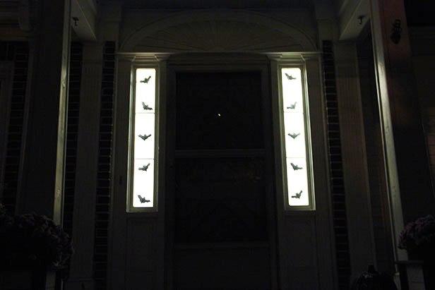 Как украсить дом на Хэллоуин (9)