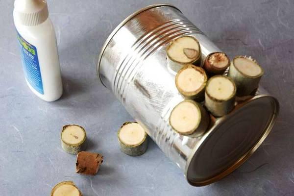 Как сделать вазу из банки (4)