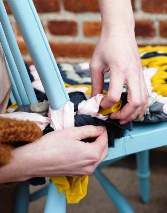 Как связать коврик на стул (3)