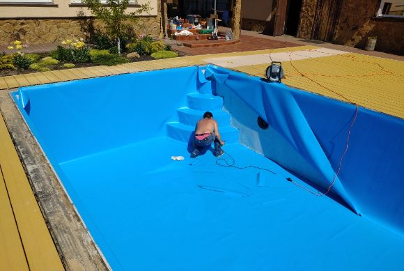 реставрация бассейна пленкой ПВХ